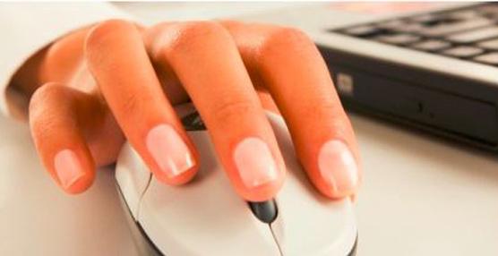 La dependencia a Internet de los españoles lleva a que casi un 70% seleccione el hotel por ofrecer servicio gratuito de wifi