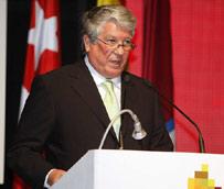 El presidente de CEAV pide la 'dimisión inmediata' de Arturo Fernández para 'salvaguardar la imagen de los empresarios'