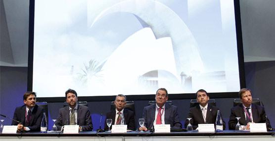Rivero inaugura el primer congreso de Hoteleros Españoles celebrado fuera del territorio peninsular