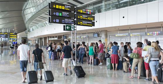 El gasto en viajes al extranjero se dispara en julio y agosto respecto a 2013, con 282 millones adicionales