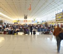 El transporte aéreo doméstico encadena cuatro meses de crecimiento, algo que no sucedía desde hace cerca de seis años