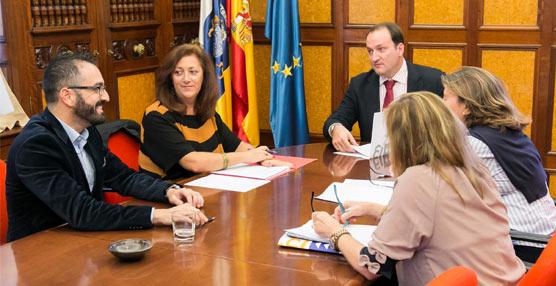 Reunión para avanzar en el borrador de decreto que regulará el alquiler vacacional turístico en Canarias