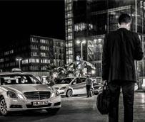 El AVE hace reducir el precio de la carrera media del taxi de empresa desde 2012, sobre todo en Madrid y Barcelona