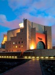 El Palacio de Congresos de Canarias acoge un congreso internacional de fisioterapeutas