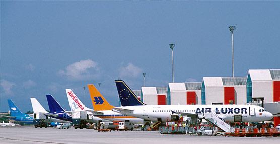 El tráfico aéreo mundial 'mantiene su fortaleza' en octubre a pesar de la 'debilidad económica de algunas regiones', revela IATA