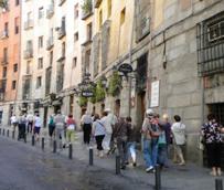 Los españoles realizan 141 millones de viajes en los 11 primeros meses del año, un millón menos que en el mismo periodo de 2013