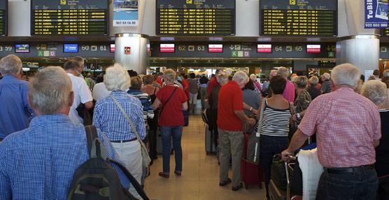 La confianza de los consumidores británicos se recupera y se traducirá en un mayor gasto en viajes al extranjero durante 2015