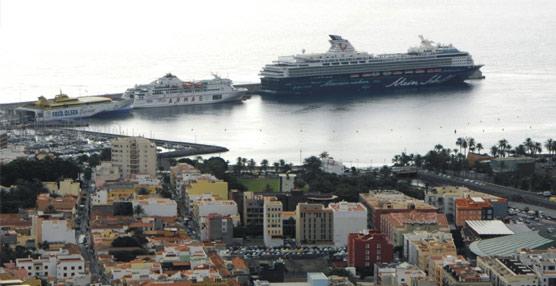 El tráfico de pasajeros de cruceros se mantiene estable en comparación con 2013 a pesar de la reducción de la oferta