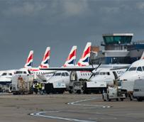 Las empresas turísticas aplauden la decisión del Gobierno británico de no aplicar a los niños el APD, pero piden su abolición total