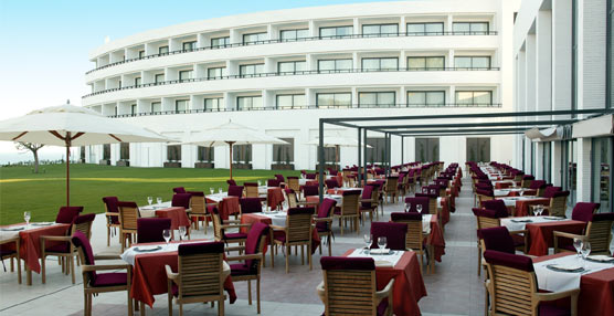 Se confirma que Fondos gestionados por Oaktree son los nuevos propietarios del hotel Dolce Sitges
