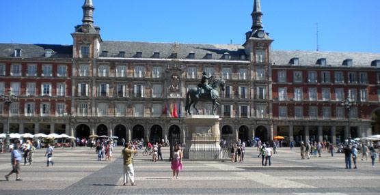 La Comunidad de Madrid supera los nueve millones de turistas hasta noviembre y prevé alcanzar su segunda mejor cifra en 2014