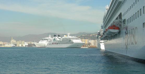 El tráfico de pasajeros de cruceros cae cerca de un 6% en noviembre, rozando los 718.000 movimientos