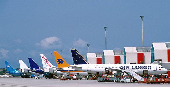 Los aeropuertos de Aena inician el año con un aumento de viajeros del 5% gracias a la fortaleza del tráfico internacional