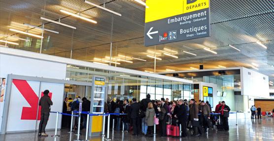 América y Asia logran los mayores progresos en materia de agilización de visados, frente a las políticas más restrictivas de Europa