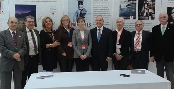 AEPT y ANESTUR trabajarán para 'recuperar el prestigio de los estudios y profesiones que tienen cabida en el Turismo'