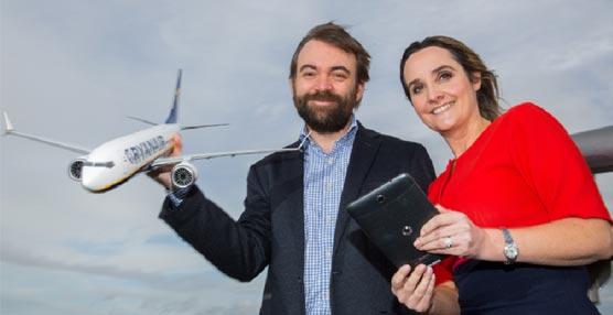 John Hurley, de Ryanair, y Anne Sheehan, de Vodafone Irlanda.
