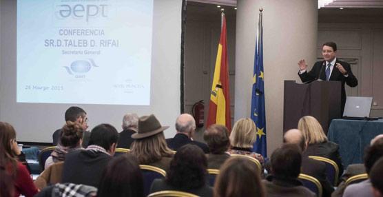 El secretario general de la OMT destaca el papel de las asociaciones en el 50 aniversario de la AEPT