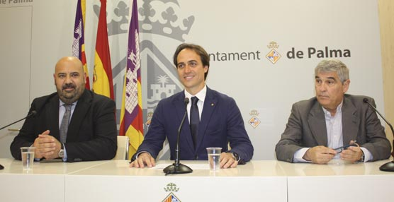 Jaime Martínez, Álvaro Gijón y el gerente de Palacio de Congresos SA, Antonio Luengo.