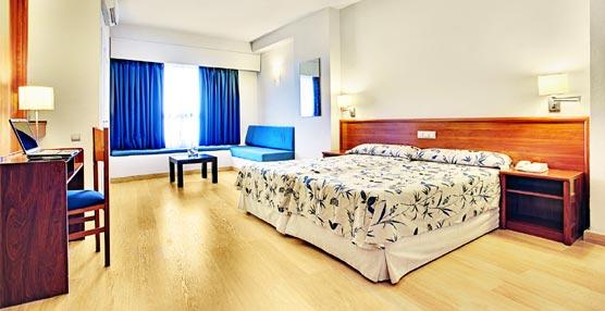 Una de las habitaciones del Best Western Hotel Albahía, en Alicante.