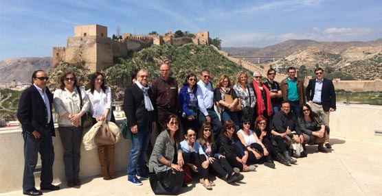 La Diputación de Almería organiza un viaje de familiarización para una veintena de agentes especializados en congresos
