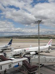 Los aeropuertos de la red de Aena crecen por encima del 3% y rozan los 17 millones de pasajeros en abril