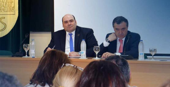 El alcalde Oviedo quiere situar a la ciudad como el 'motor congresual de Asturias' gracias a la mejora de las comunicaciones