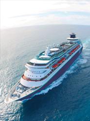 Pullmantur confía en alcanzar una ocupación del 100% y superar los 150.000 viajeros esta temporada de verano