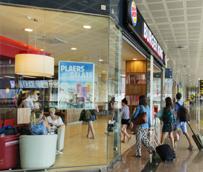 El gasto medio de los turistas que llegan a España con 'paquete' asciende a 1.200 euros, un 32% más que el efectuado por el resto
