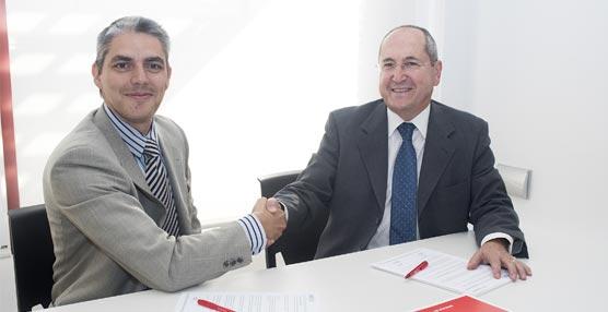 Raúl Bravo, director de Ostelea, y Andrés Encinas, presidente de la AEPT.