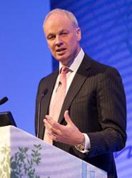 El presidente y consejero delegado de WTTC, David Scowsill.