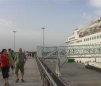Los puertos españoles superan los dos millones de pasajeros de cruceros en el primer cuatrimestre, un 4% más que en 2014
