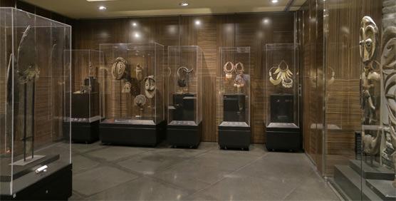 El Hotel Urban reúne la colección más importante de Papúa Nueva Guinea en Madrid