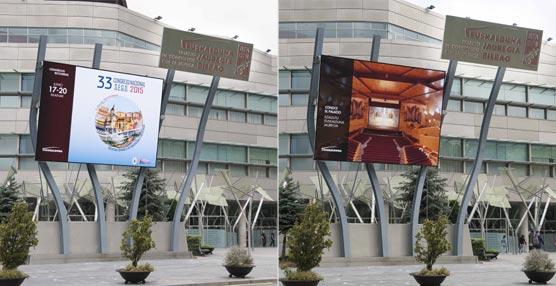 El Palacio Euskalduna pone en funcionamiento su macropantalla informativa en el exterior del edificio