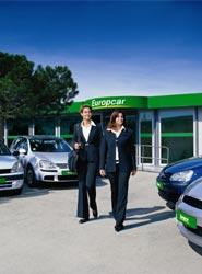 La fuerza de los viajes de negocios, entre otros factores, permitirá que el sector de 'rent a car' crezca en España un 5% en 2015