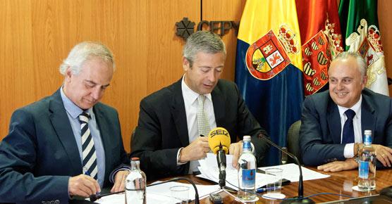 El grupo hotelero Lopesán firmó ayer un convenio de colaboración con la Confederación Canaria de Empresarios