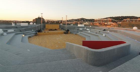 El Palacio de Congresos de Granada se renueva con 'La Nube' un nuevo espacio en su terraza