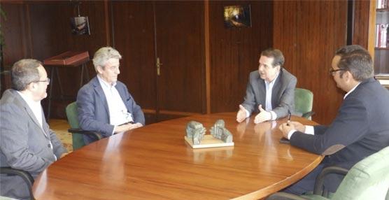 Volotea plantea al Ayuntamiento de Vigo la posibilidad de ampliar operaciones en la ciudad