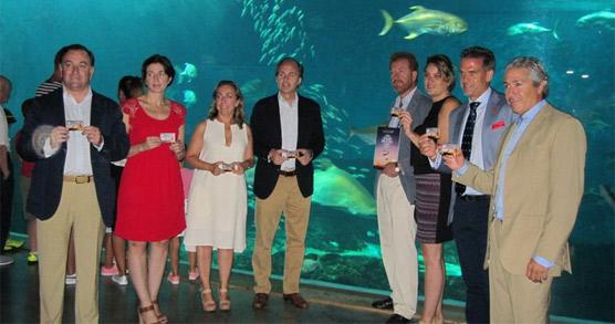 Hoteles de Sevilla encabeza una iniciativa para  promover el consumo de servicios turísticos con una  tarjeta