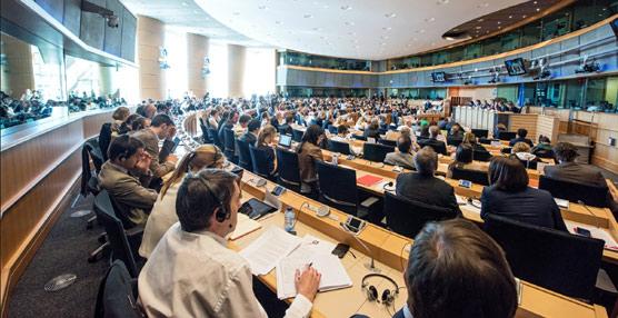El Parlamento pide que se utilice parte del presupuesto destinado al transporte para promover el atractivo turístico de Europa