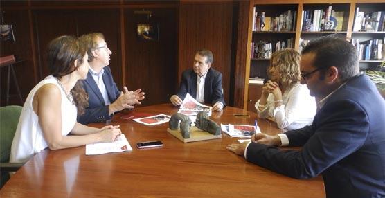El Ayuntamiento de Vigo estudiará la propuesta de Iberia Express de unir la ciudad con Londres-Heathrow
