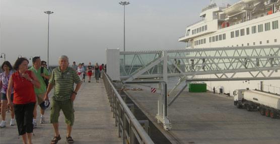Málaga y Bahía de Cádiz acaparan el 94% de las llegadas de pasajeros de cruceros.