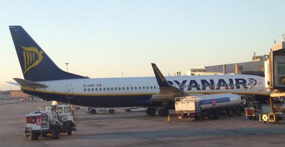 Las compañías de bajo coste vuelven a crecer un 7,9% en julio y ya operan el 50,7% del mercado de vuelos español