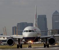 IATA prevé un otoño 'inestable' para las aerolíneas debido a la desaceleración del comercio mundial y las caídas en las bolsas