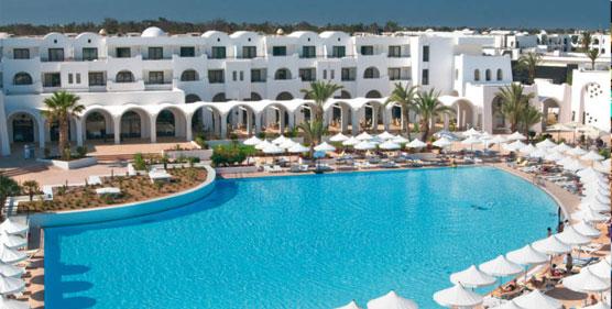 Riu Hoteles ha sido reconocida nuevamente por los agentes de viajes de Reino Unido como 'Mejor cadena Internacional'
