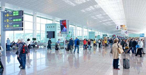 Los aeropuertos españoles alcanzan la cifra récord de 24 millones de pasajeros en agosto, un 5% más que hace un año