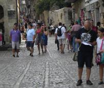 Navarra, Madrid, Aragón, Castilla y León y La Rioja son las Comunidades autónomas con las poblaciones más viajeras de España