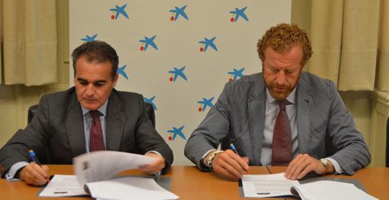 Hoteleros de Sevilla y Provincia respaldan el pacto de inversión en empresas sevillanas firmado por CaixaBank y la CEHAT
