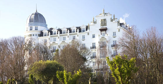 El número de pernoctaciones en hoteles creció un 4,5% en agosto con 44,9 millones de estancias registradas