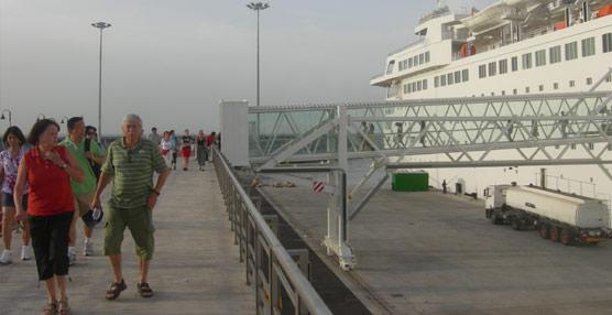 Las compañías de cruceros niegan que haya exceso de oferta en el Mediterráneo e insisten en el alto margen de crecimiento
