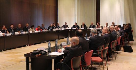 El Palacio de Congresos de Málaga acoge una jornada que presenta las mejoras que incorporarán los hospitales